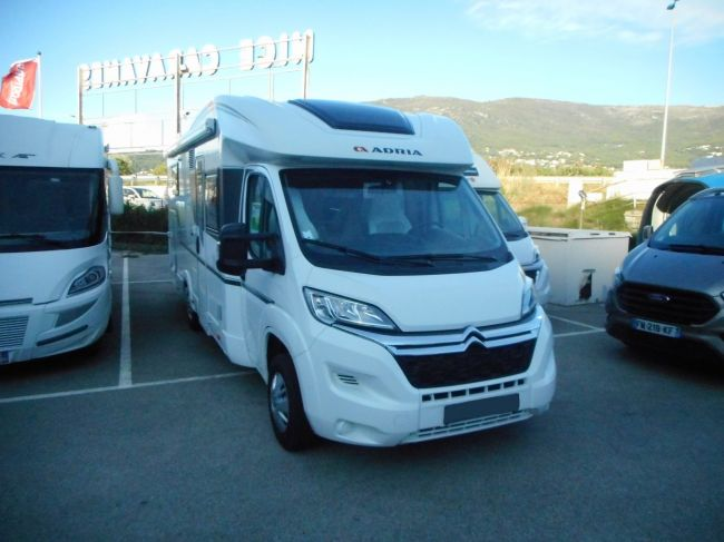 Adria 670 DC AXESS photo 1