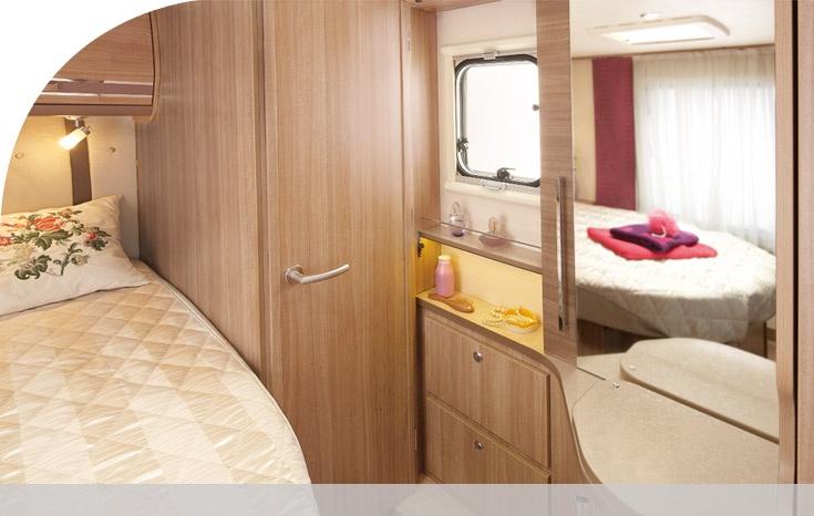 rapido 640b lit central et pavillon. Black Bedroom Furniture Sets. Home Design Ideas